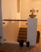 Opsadlet trappe i keruing og glas værn på 1 sal