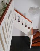 trappe 37 kvartsvingstrappe merbau og hvidmalet
